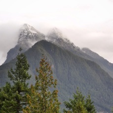 Clouds Hang in Central Cascades